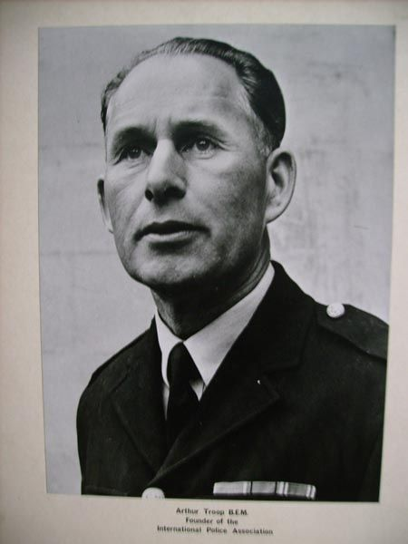 Arthur Troop web.jpg